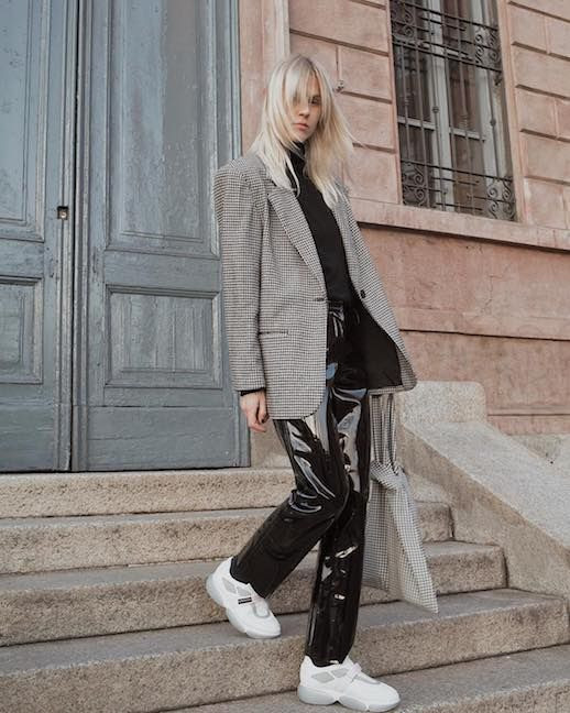 Le Fashion Blog Office After Hours Blazer Black Turtleneck Vinyl Trousers White Sneakers Via @lindatol_