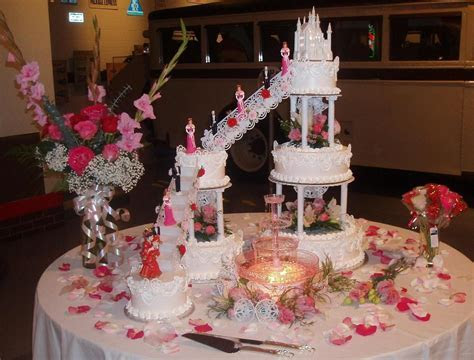 wedding cakes with fountains and stairs   Google søgning