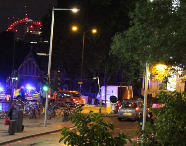 Διπλό τρομοκρατικό χτύπημα στο Λονδίνο: Έξι τα θύματα - Νεκροί και οι τρεις τρομοκράτες - Εικόνα 0