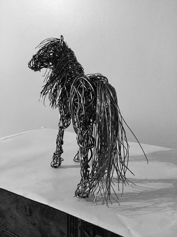 Wire Animal Sculptures in Motion by Candice Bees - Design Swan