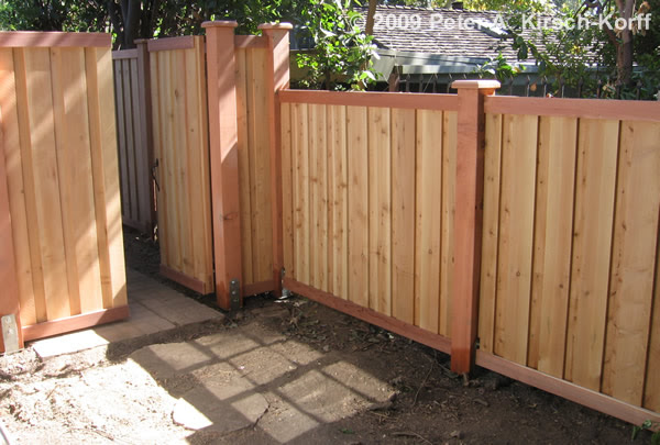 how to build a verticle privacy fence on a hill