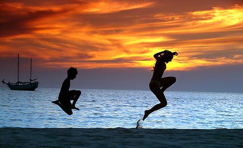 PHUKET SUNSET DANCE...