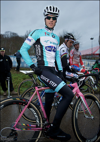 Zdenek Stybar in his new kit (without the Omega!?)