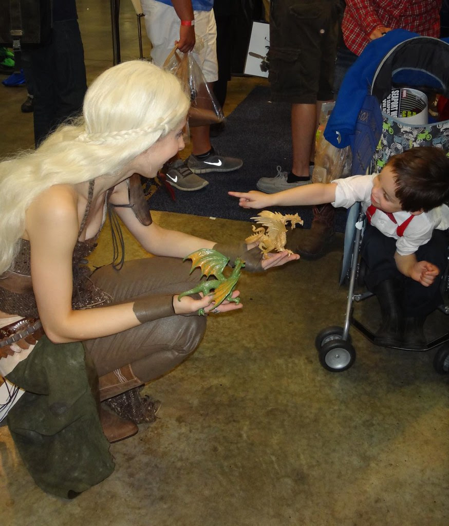 Boston Comic Con 2013 Daenerys Game of Thrones cosplay dragon Doctor Who