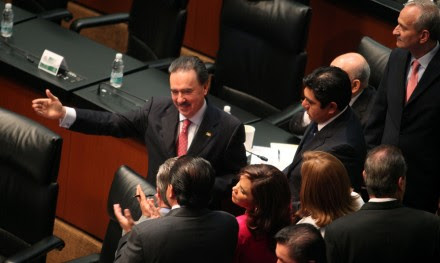 Gamboa en el Senado. Foto: Benjamin Flores