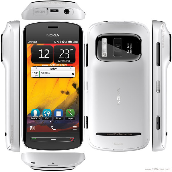 Nokia 808 Mobile Review