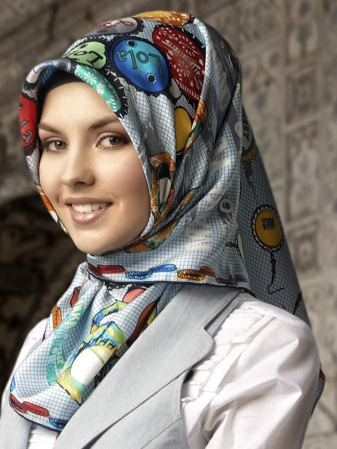 turkish-hot-woman-sally-hansen-bikini-wax