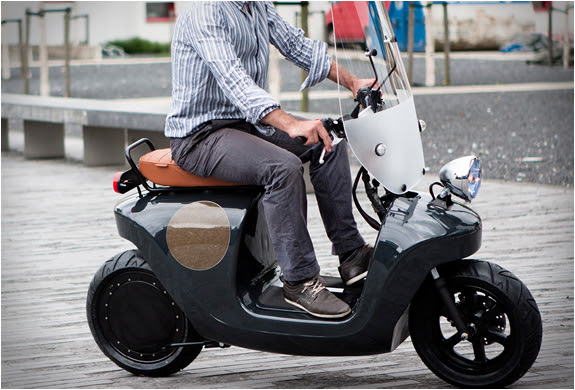 BEE ELECTRIC SCOOTER | Image