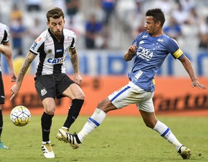 Henrique; Cruzeiro e Santos (Foto: Juliana Flister/Light Press)