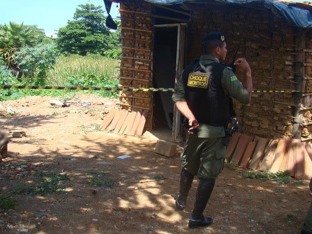 Vítima tinha passagem pela polícia por furtos e roubos no bairro São Pedro (Foto: Catarina Costa/G1)