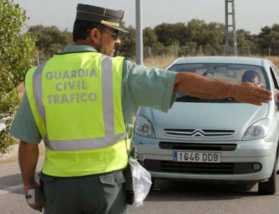 A la caza del surfero - Guardia Civil