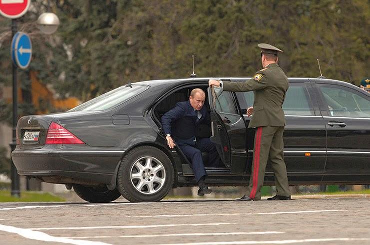 Vladimir Putin's W221 Mercedes Benz S-Class S-Guard Pullman