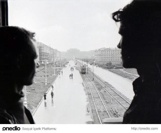 1-) Dyatlov ve Bir Arkadaşı, 1957-58