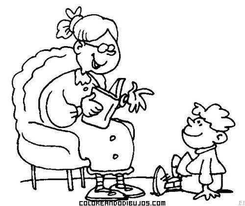 Abuelita Leyendo Un Libro A Su Nieto
