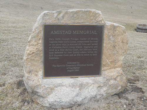 memorial at the lighthouse (1)