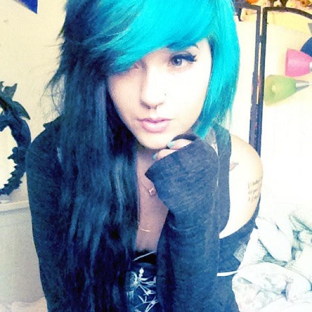 Schwarzebraun Haare Blau Färben