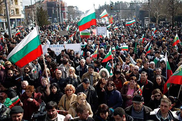 Βουλγαρία: Πέφτει η κυβέρνηση για τον South Stream…
