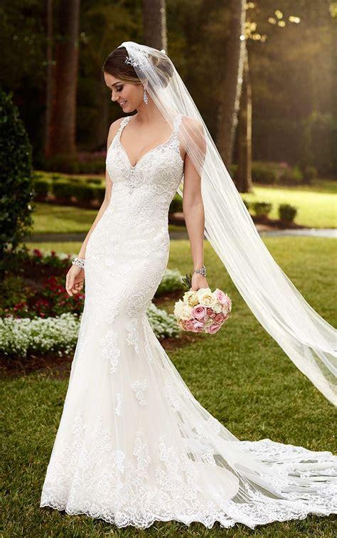 Sparkling Lace Train Wedding Dresses   Stella York Wedding