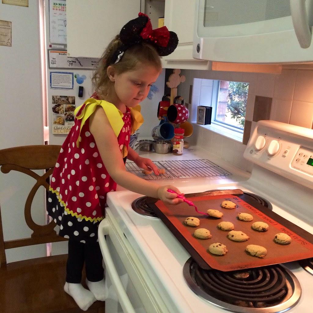 Minnie Cooks