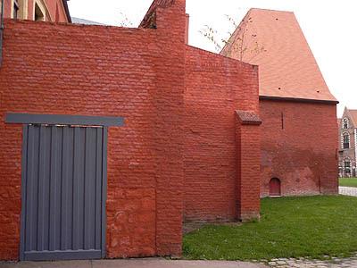 Bâtiment rouge, Lille.jpg