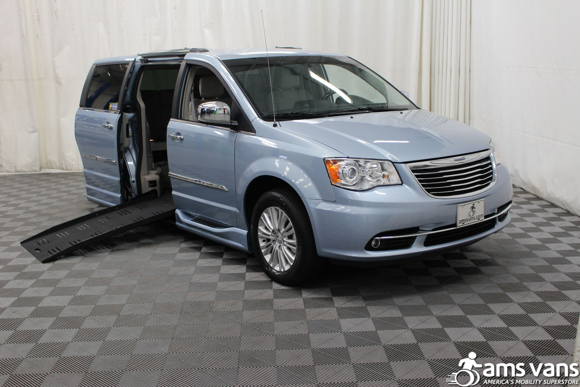 2013 Chrysler Town And Country Wheelchair Van For Sale