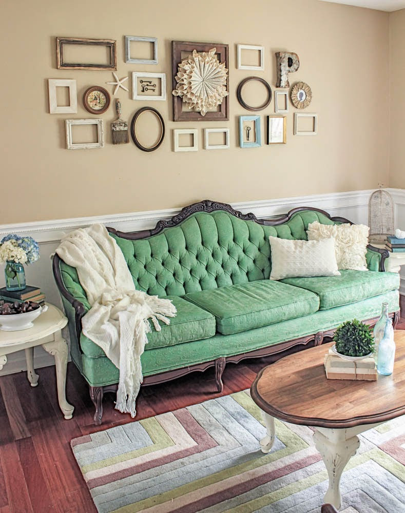 Green Painted Sofa Makeover - DIY Furniture Makeovers