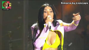 Simaria sensual a cantar