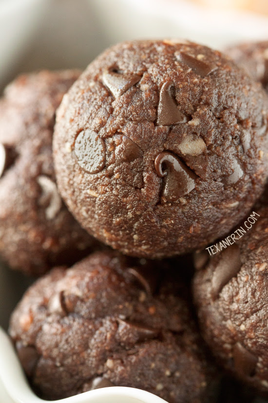 These salubrious chocolate peanut butter balls are loaded alongside poly peptide in addition to are vegan Chocolate Peanut Butter Protein Balls (grain-free, vegan)