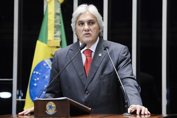 O líder do governo no Senado, Delcídio do Amaral (PT-MS), preso nesta terça-feira pela Polícia Federal, em imagem de arquivo (Foto: Pedro França/Agência Senado)