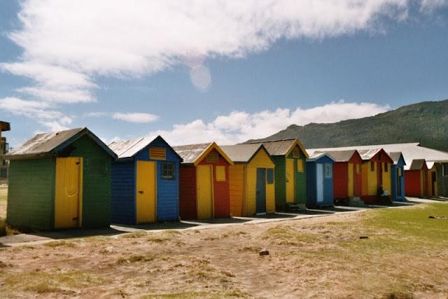 Strandhäuschen in Fish Hoek, Südafrika