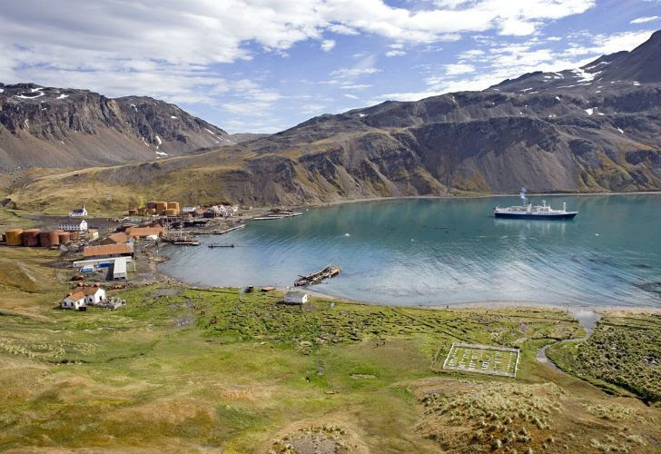 uques noruegos, de Chile y Nueva Zelanda obtuvieron autorización de Gran Bretaña para pescar en el Atlántico Sur en la zona de las Islas Georgias del Sur.