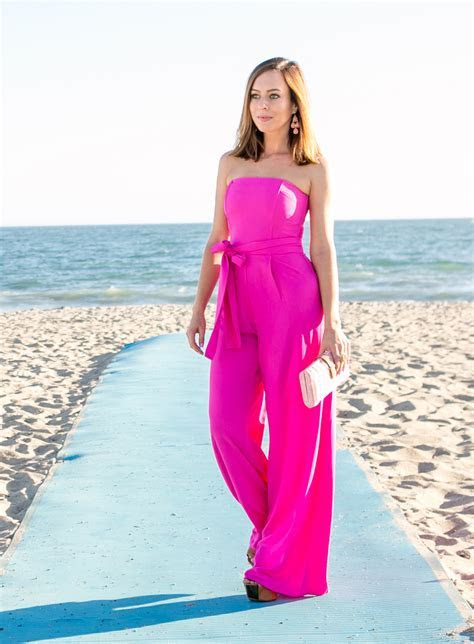 What to Wear to a Beach Wedding   Summertime Fashion