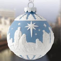 These look so gorgeous on the Christmas tree. Wedgwood