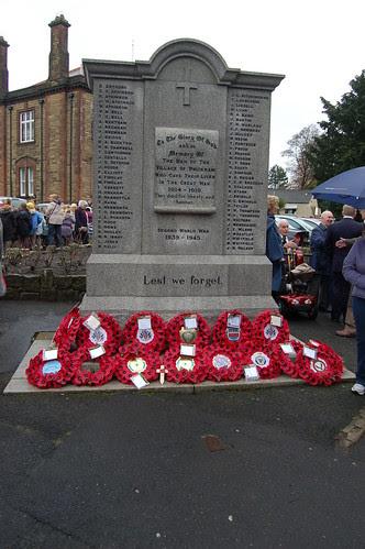 Whickham Remembrance Day Nov 09 no 14