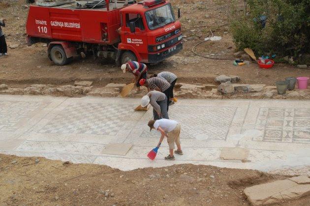 mozaik romawi raksasa