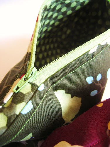 Joel Dewberry make up bags (green)