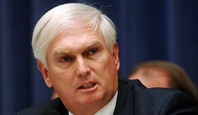 http://cdn.govexec.com/media/img/2011/10/11/49033_breakingnews/medium.jpg