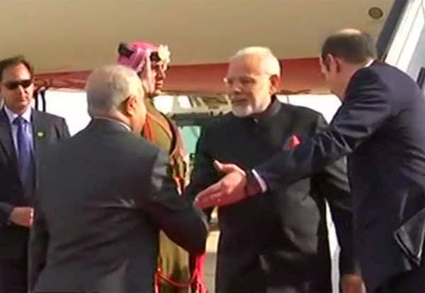 ஜோர்டான், பிரதமர் மோடி,Prime Minister Modi,  மோடி சுற்றுப்பயணம்,   Modi tour, பாலஸ்தீனம் ,Palestine,  பாலஸ்தீன அதிபர் மஹ்மூத் அப்பாஸ் , Palestinian President Mahmoud Abbas,  மோடி பேச்சுவார்த்தை, Jordan, Modi talks,