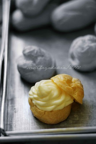 Lemon Cream Puff