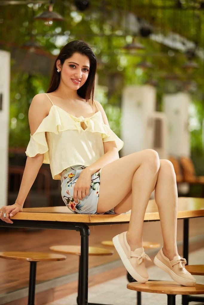 Sexy Richa Panai Pictures