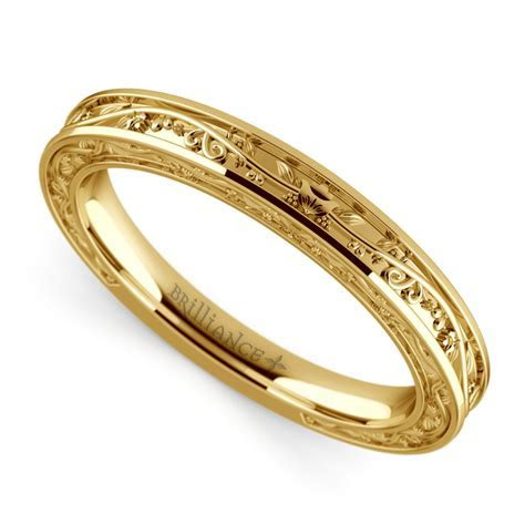 Antique Wedding Ring in Yellow Gold