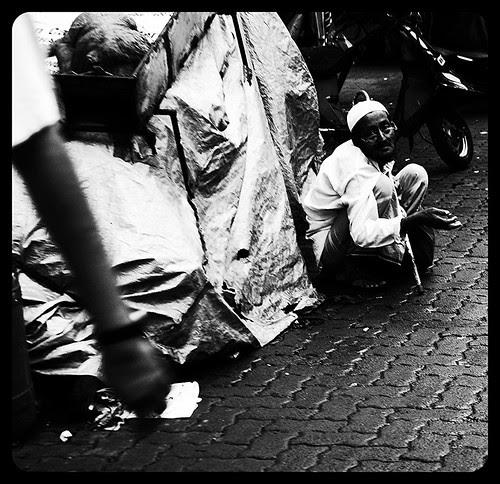 Kya Bhai Kuch Toh Dete Jate .. by firoze shakir photographerno1