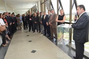 A solenidade foi conduzida pelo corregedor-geral da Justiça, Cleones Cunha.(Foto : Ribamar Pinheiro)