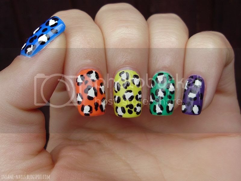 photo skittle-leopard-nails-2_zpse56382a0.jpg