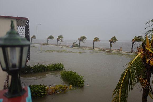 Caibarién bajo aguas. Foto: @CNN_Oppmann