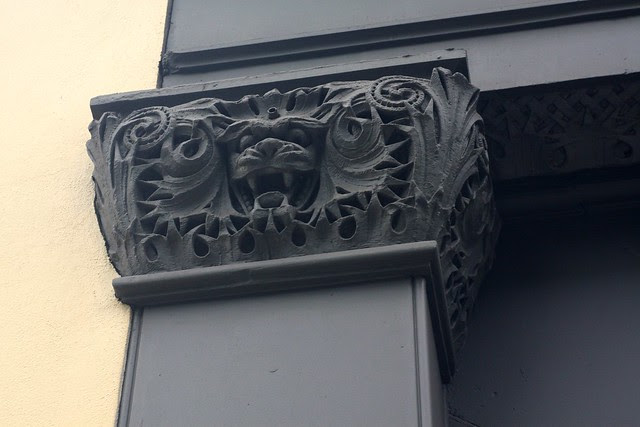 cat face, downtown pdx