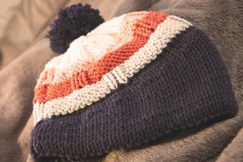 Knit Pom Pom Beanie