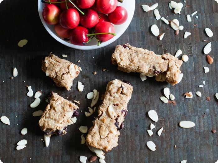 soft baked cherry almond granola bars (gluten-free!)
