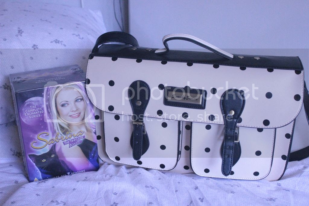 photo Camera Bag amp Sabrina.jpg
