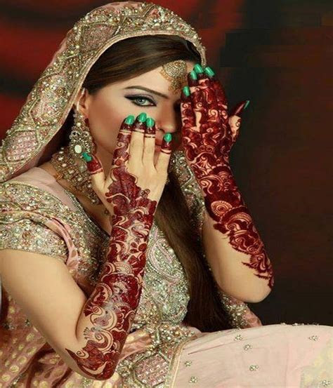 Latest Mehndi Designs or Henna Styles for Girls: Bridal